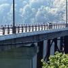 高いとこ苦手な方はご遠慮ください。ここも紅葉スポット青森県黒石市の城ヶ倉大橋。