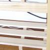お手製の棚の脇に目立たない感じでタップを収納する方法。