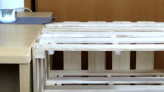 材料費1000円くらい。スノコで机の横にA4ファイルも収まる棚の作り方。