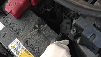 自分で車のバッテリー交換してみました。